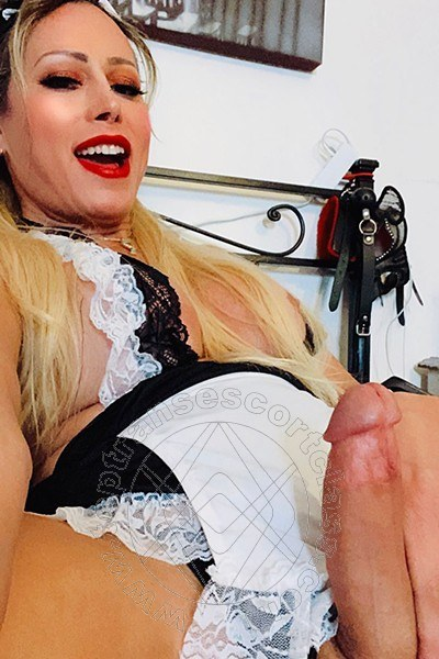 Trans Escort Michelle Prado  selfie hotTrans Escort 41
