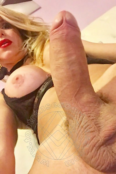 Trans Escort Gusele Hunziker Xxl  Pornostar selfie hot Trans Escort 46